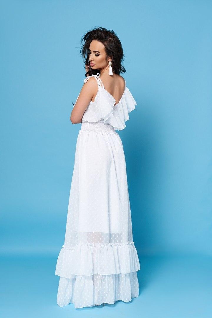 Длинное шифоновое платье с воланами, белое