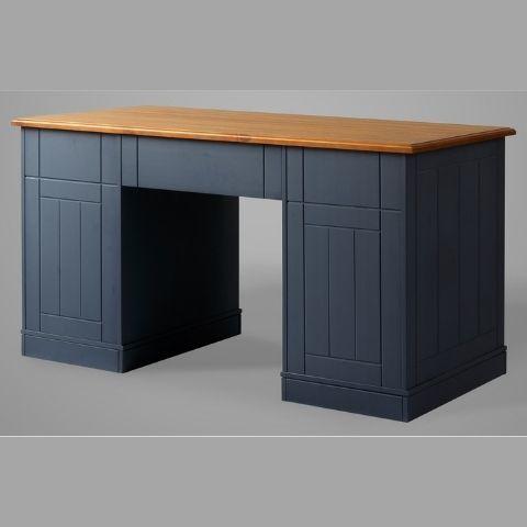 Письменный стол из массива дерева Дания