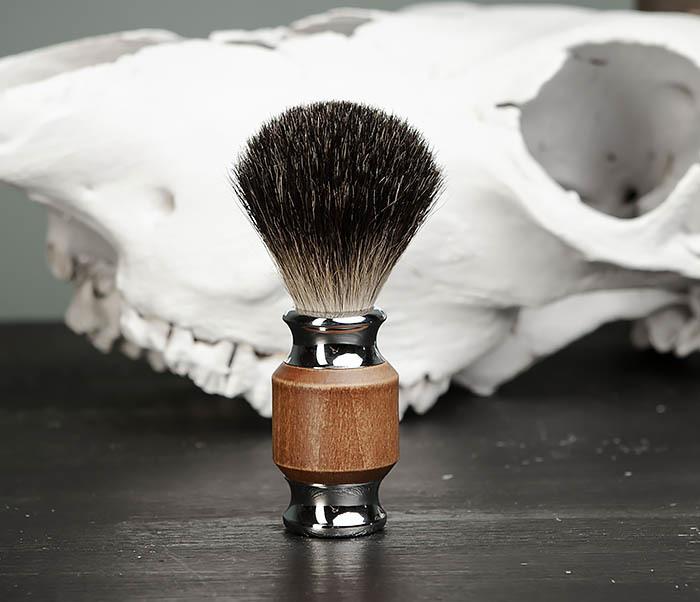 RAZ434 Помазок с деревянной рукояткой, барсучий волос