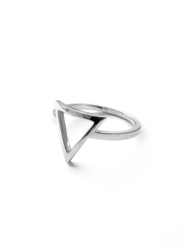 Серебряное кольцо узкое