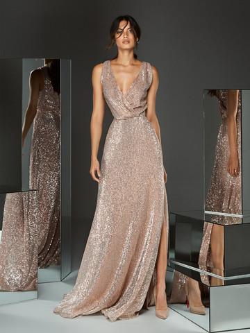 Вечернее платье классическое в ярких пайетках