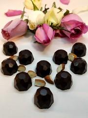 Шоколадные конфеты с дроблёным Миндалём