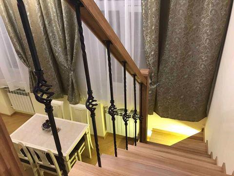 Лестница на больцах в лофте