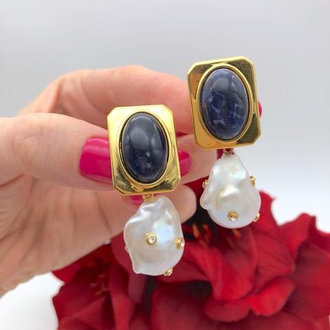 201221- Серьги-клипсы с синей эмалью и подвеской из барочного жемчуга lux
