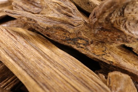 Щепки уда из Калимантана