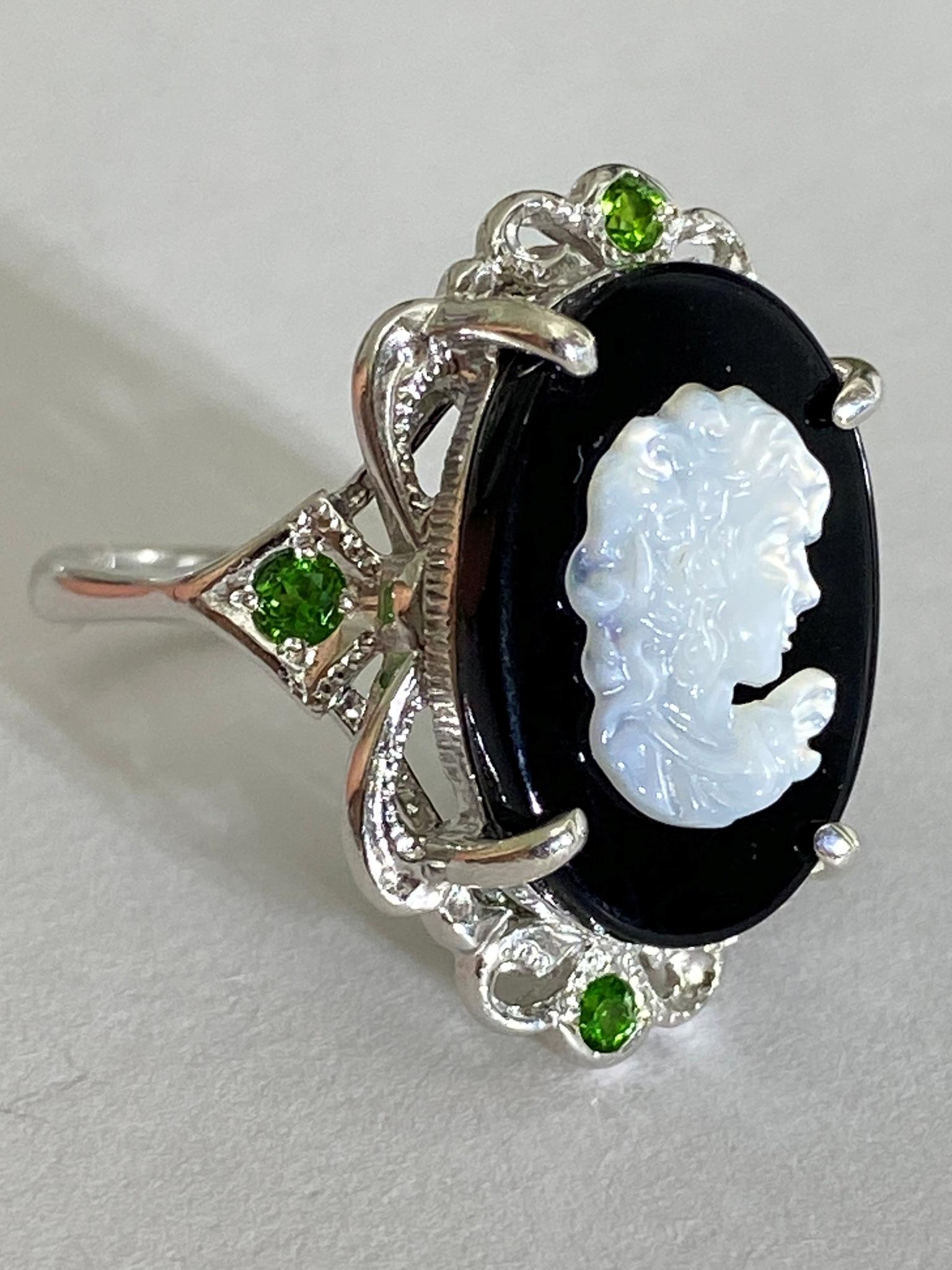 Камея (кольцо из серебра)