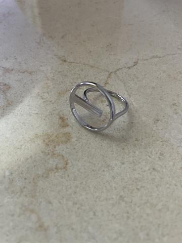 Кольцо Пунто, серебряный цвет