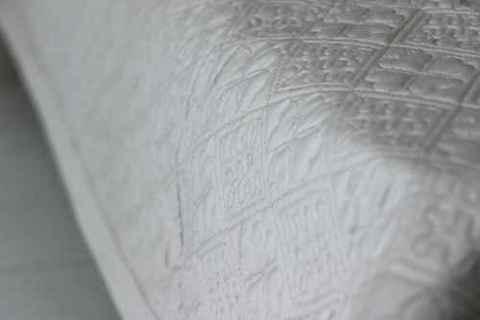 Простыня стеганая GOCHU Clover Q 155*210 серый