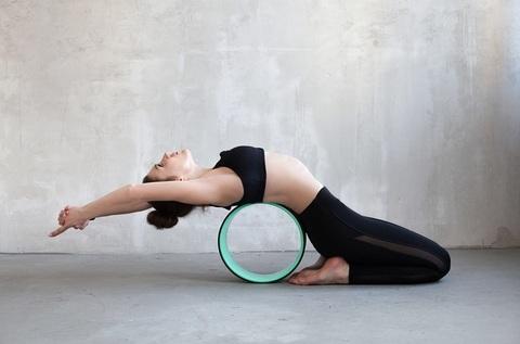 Йога-колесо Лотос (33 см, мята-черный)