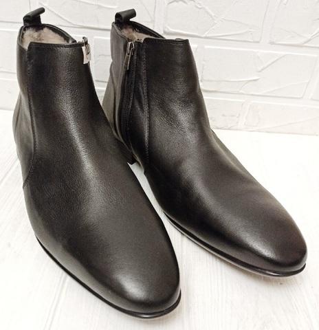 Кожаные ботинки мужские зимние. Черные зимние ботинки на цигейке ETOR 9115