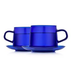 Стеклянные кружки синего цвета с блюдцами 2 штуки, 350 мл