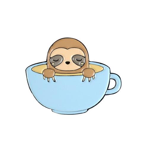 Значок, пін - Лінивець в чашці