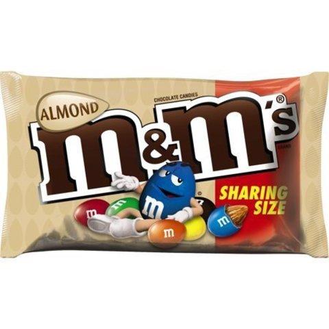 Шоколадное драже M&M's Almond с миндалем 80 гр