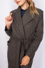 Удлиненное пальто из кашемира с поясом недорого