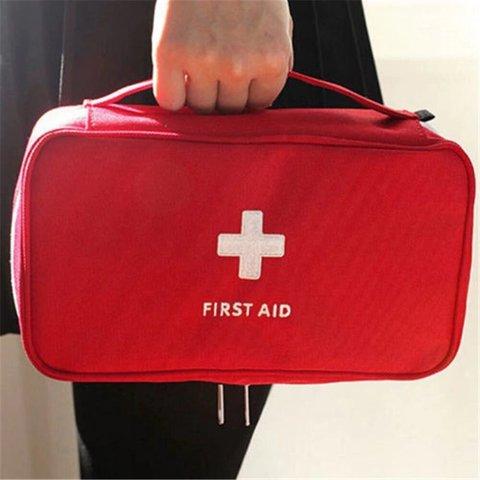 Аптечка первой помощи First Aid (сумка)