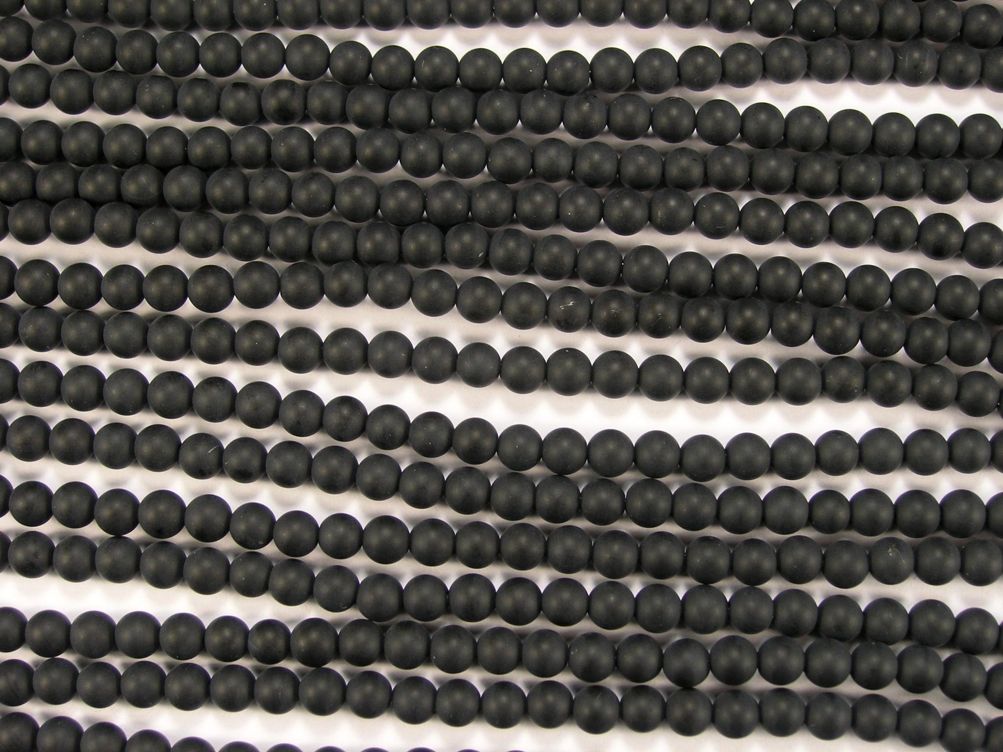 Нити бусин из оникса черного матового, шар гладкий 4мм (оптом)