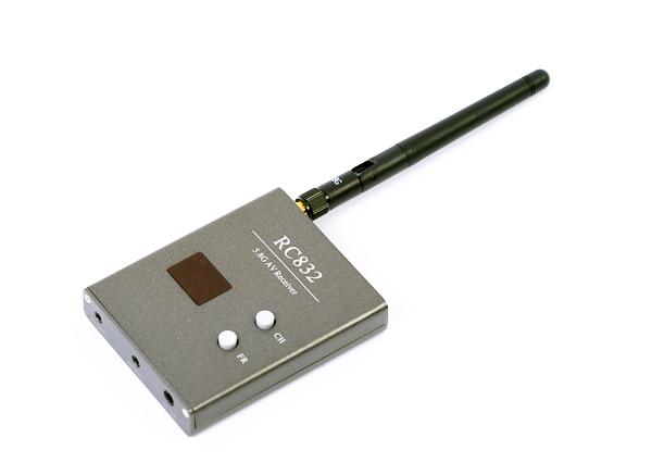 Приёмник FPV 5.8 Boscam RC832 5.8 ГГц на 32 канала для получения видео с коптера на монитор или очки