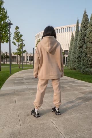 Бежевый спортивный костюм женский на флисе купить
