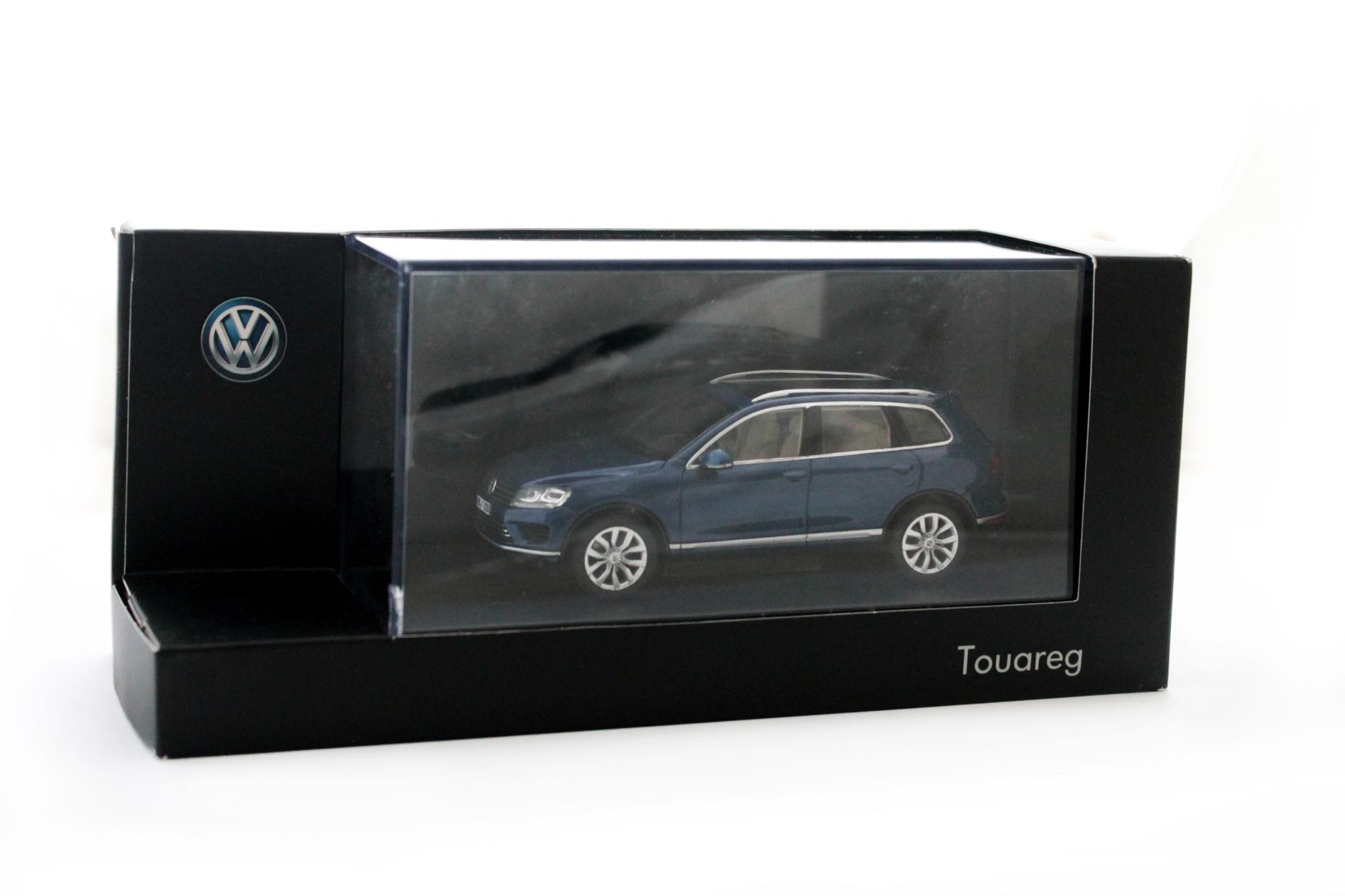Коллекционная модель Volkswagen Touareg 2014