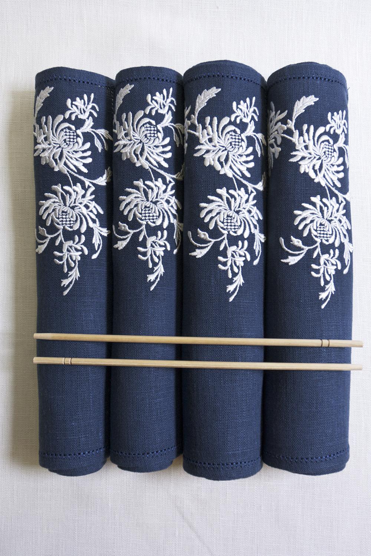 Ланчматы изо льна с вышивкой
