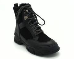 Кроссовки зима на шнуровке