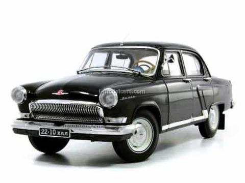 GAZ-21R Volga 1966 black IST18002BK IST Models 1:43