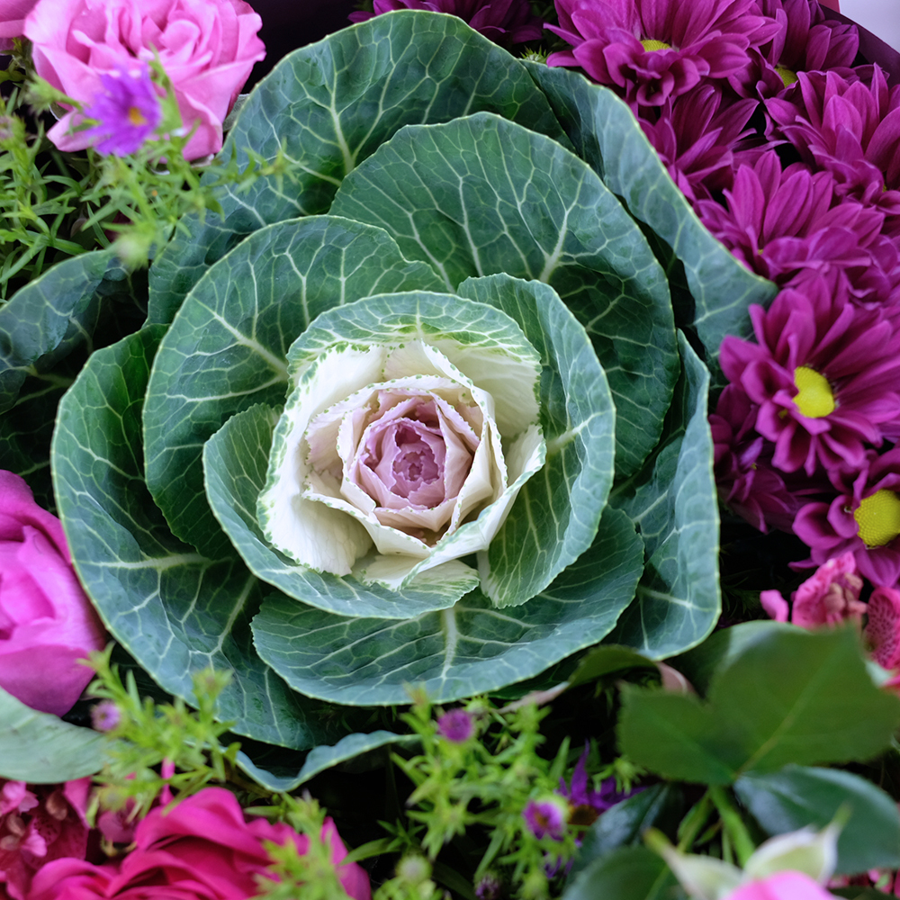 Букет с пионовидными розами и