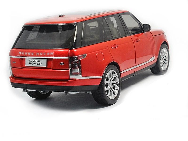 Коллекционная модель Range Rover Vogue 2015