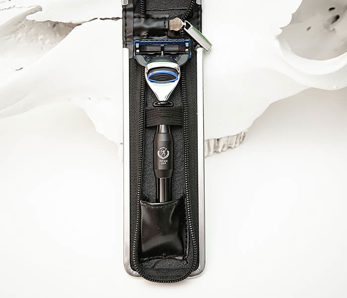 RAZ477-1 Безопасная бритва «TITAN» для кассет GILLETTE FUSION (черная) фото 02