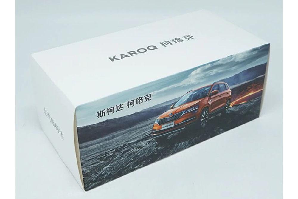 Коллекционная модель SKODA KAROQ 2019 WHITE