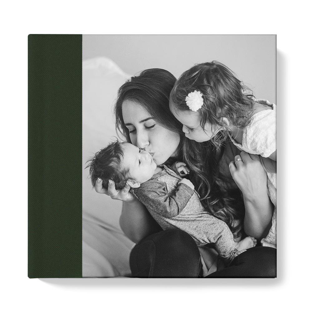 30x30 фотокнига с фото-обложкой + текстильный торец