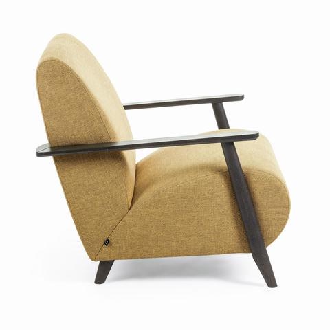 Кресло Marthan горчичное с темными подлокотниками