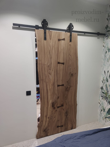 Амбарная дверь из слэбов
