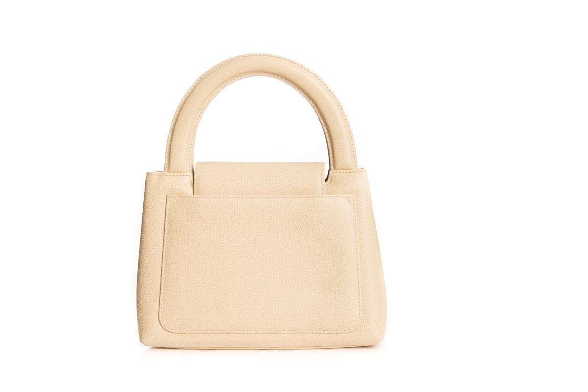 Бежевая сумка от Chanel  |  Chanel vintage beige caviar handbag