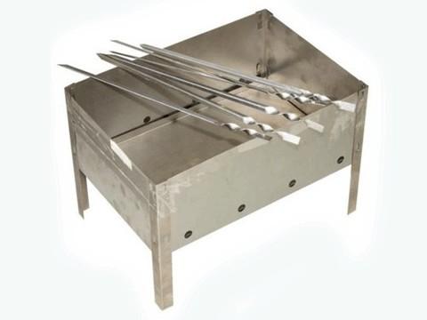 Мангал со складным дном + 4х330 шампуров в г/коробке,335х230х230; дно 2шт. 335х115мм, 4 шамп. угл. 330Х10мм