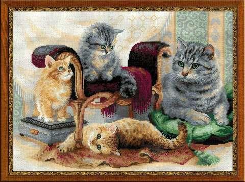 Набор для вышивания крестом «Кошачье семейство» (1327)