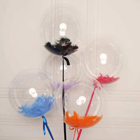 Воздушные шары с перьями
