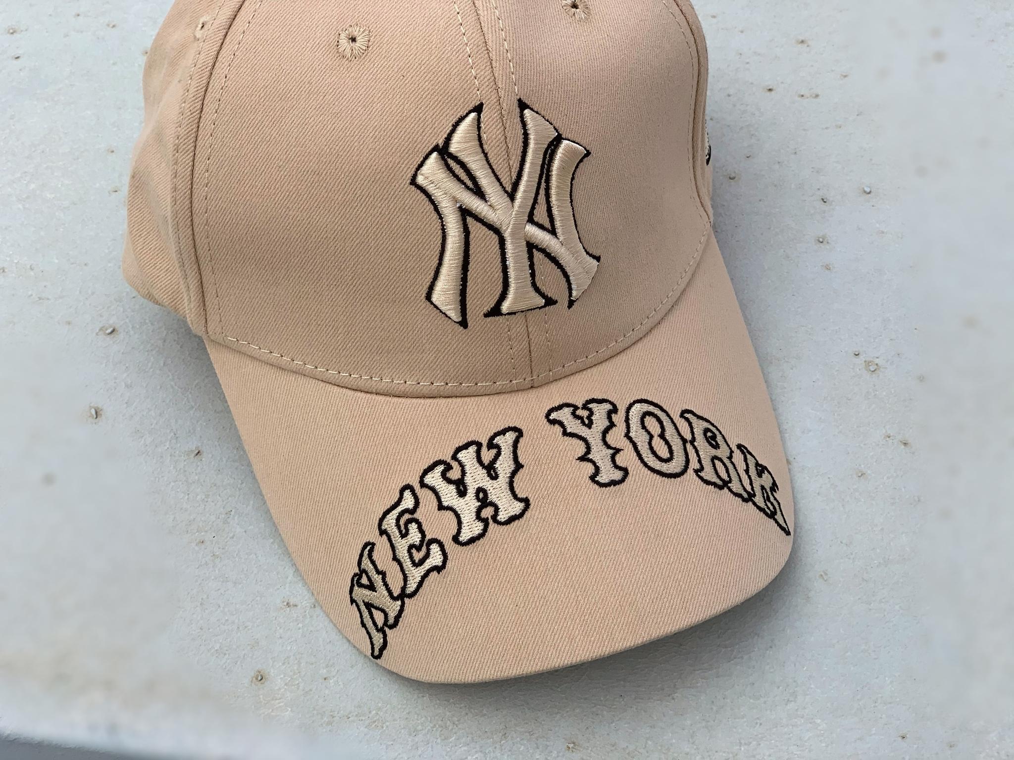 Бейсболка NY, бежевый