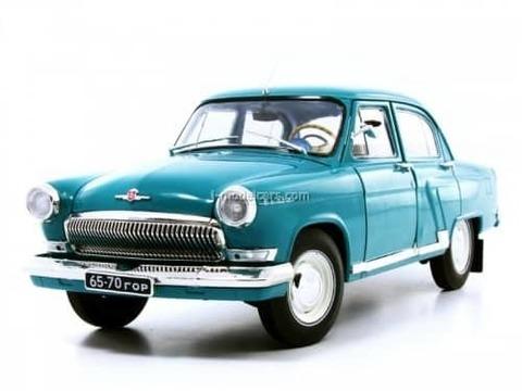 GAZ-21R Volga 1966 turquoise IST18002BL IST Models 1:43