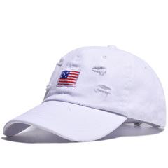 Кепка с американским флагом белая (Бейсболка с американским флагом белая)