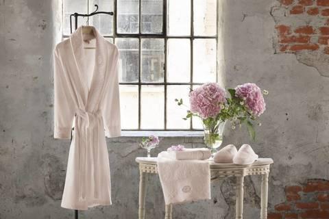 ANTOINETTE розовый женский халат с полотенцем и тапочками Tivolyo Home (Турция)