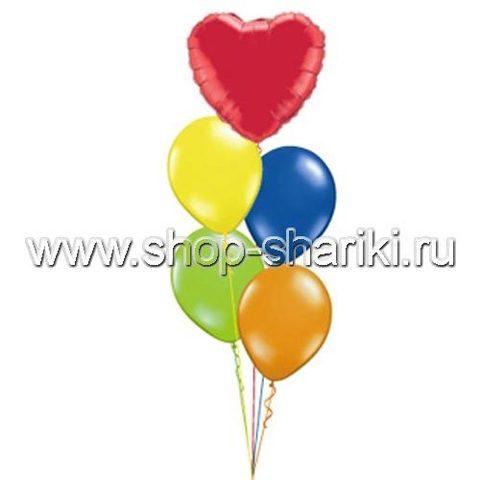 фонтан из шаров с сердцем