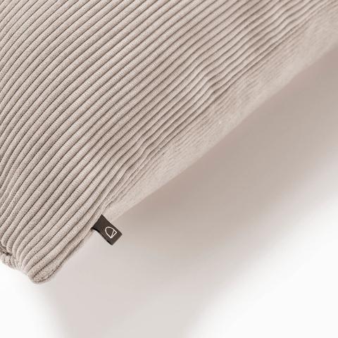Чехол на подушку Namie 60x60 розовый