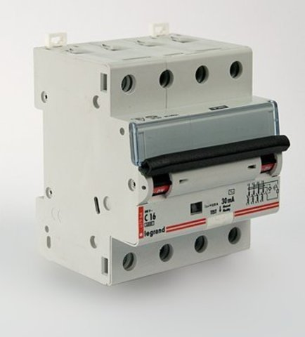 Выключатель автоматический DX (ЦЕНА ПО ЗАПРОСУ)