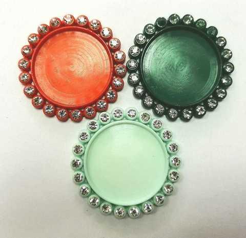 Основа для круглых кабошонов, размер 35х35. в 1 уп 3шт. Цвет-разноцветные. (2120)