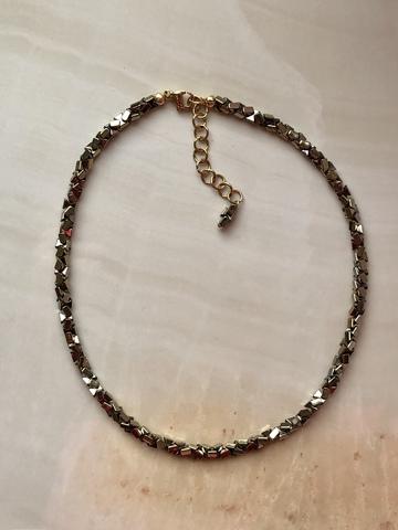 Колье Кубриа из гематита, серебряный цвет