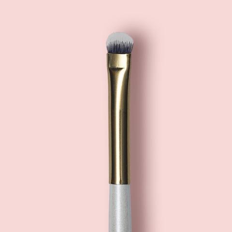 Oh My brush Кисть плоская маленькая для глаз Small Shadow brush 205