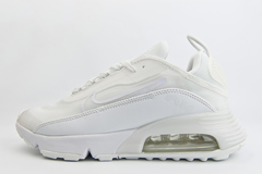 кроссовки Nike Air Max 2090 Wmns Triple White