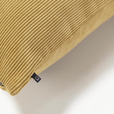 Чехол для подушки Namie 60x60 вельвет горчица