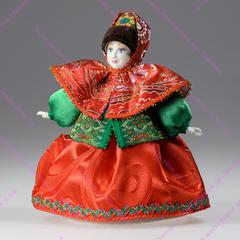 Сувенирная кукла в парчовом платке